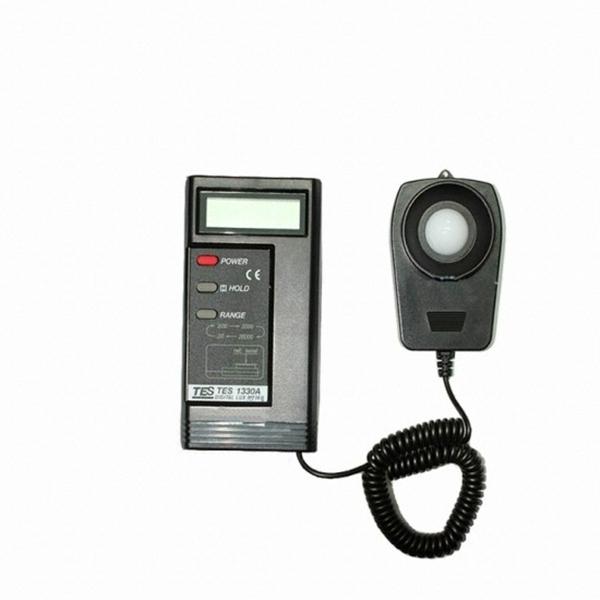 Digital Light Meter Luminous Flux Meter TES-1330A
