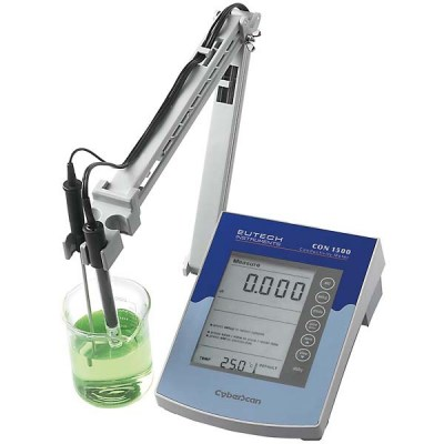 CON150 Conductivity meters
